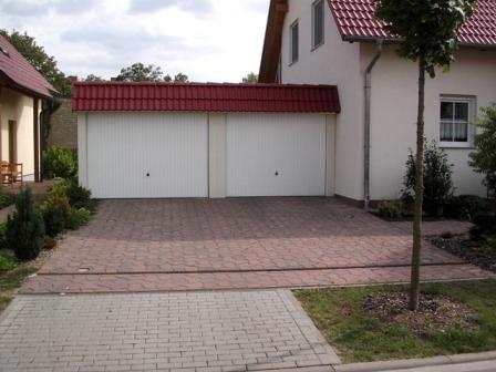 fertiggaragen beton stahl holz omicroner garagen. Black Bedroom Furniture Sets. Home Design Ideas